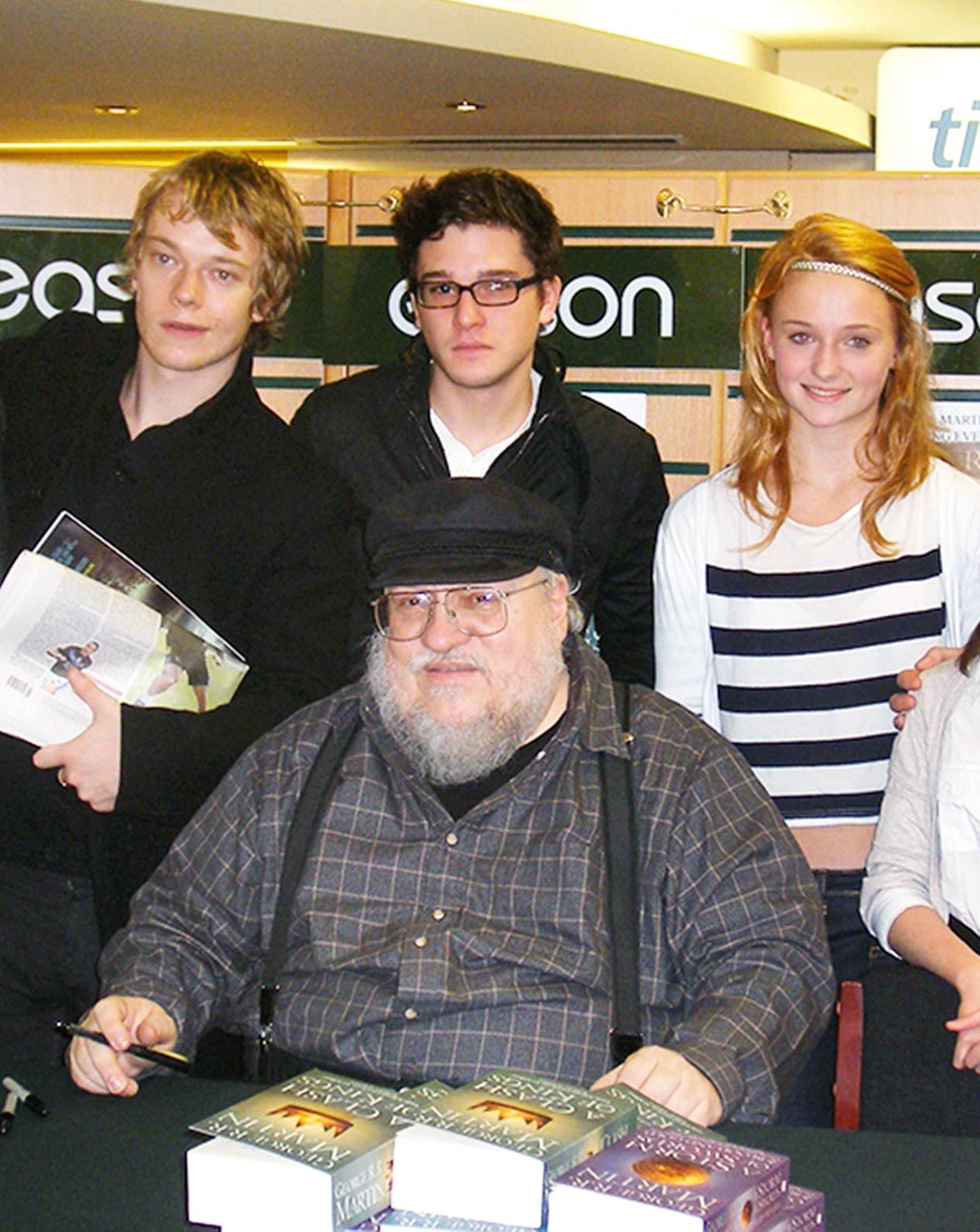 cindiafotoyoung game of thrones cast with george r r martin 20 Things You Didn't Know About Kit Harington