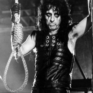 cooper 10 e1554979718643 10 Things You Never Knew About Alice Cooper