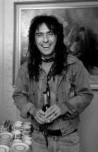 cooper 22 e1554980540570 10 Things You Never Knew About Alice Cooper