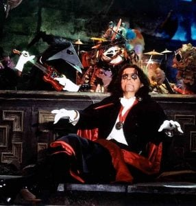 cooper 6 e1554979355694 10 Things You Never Knew About Alice Cooper