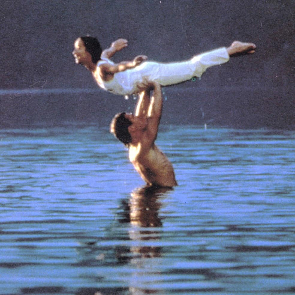 dirty dancing lake lift today 170220 tease fc08d4ca961c85b211696ee6403bf741 You Can Now Stay At The Resort From Dirty Dancing