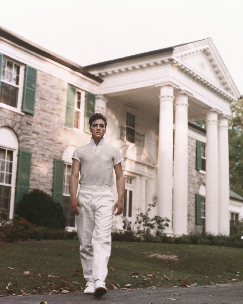 gettyimages 73909236 10 Things You Didn't Know About Elvis Presley
