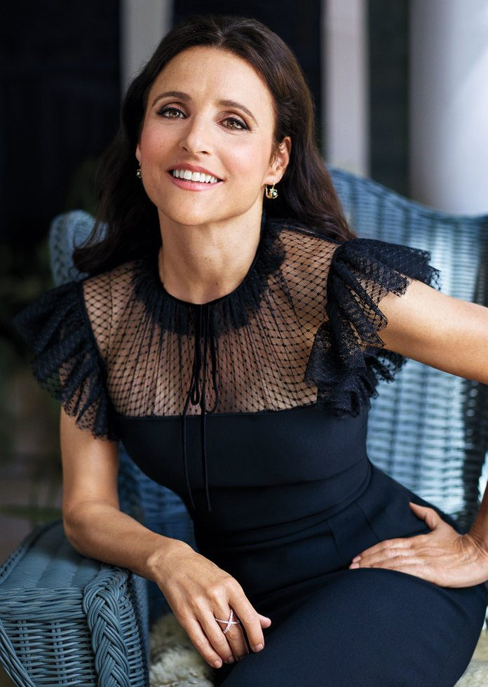 julia louis dreyfus 003 25 Things You Didn't Know About Seinfeld