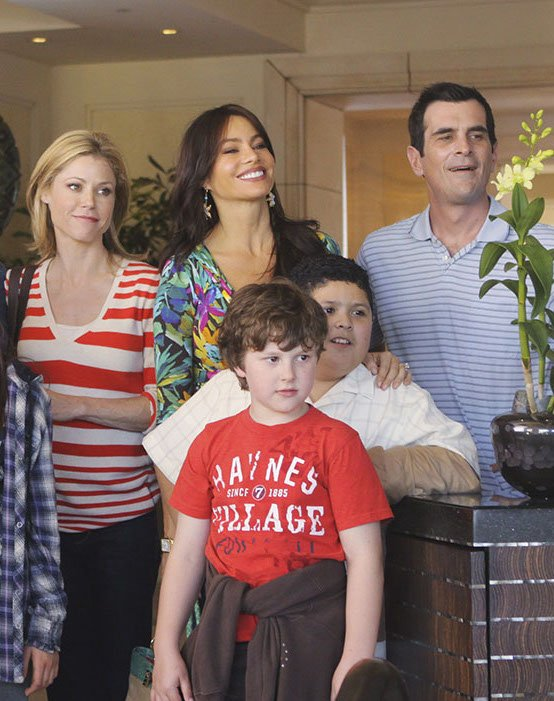 modern family s01 still 10 Things You Never Knew About Modern Family