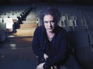 robert smith 11 Robert Smith's Epic Interview Response Is Something Every Brit Will Relate To
