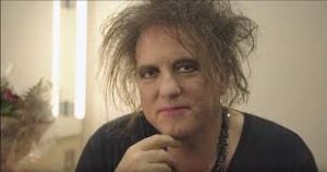 robert smith 2 Robert Smith's Epic Interview Response Is Something Every Brit Will Relate To