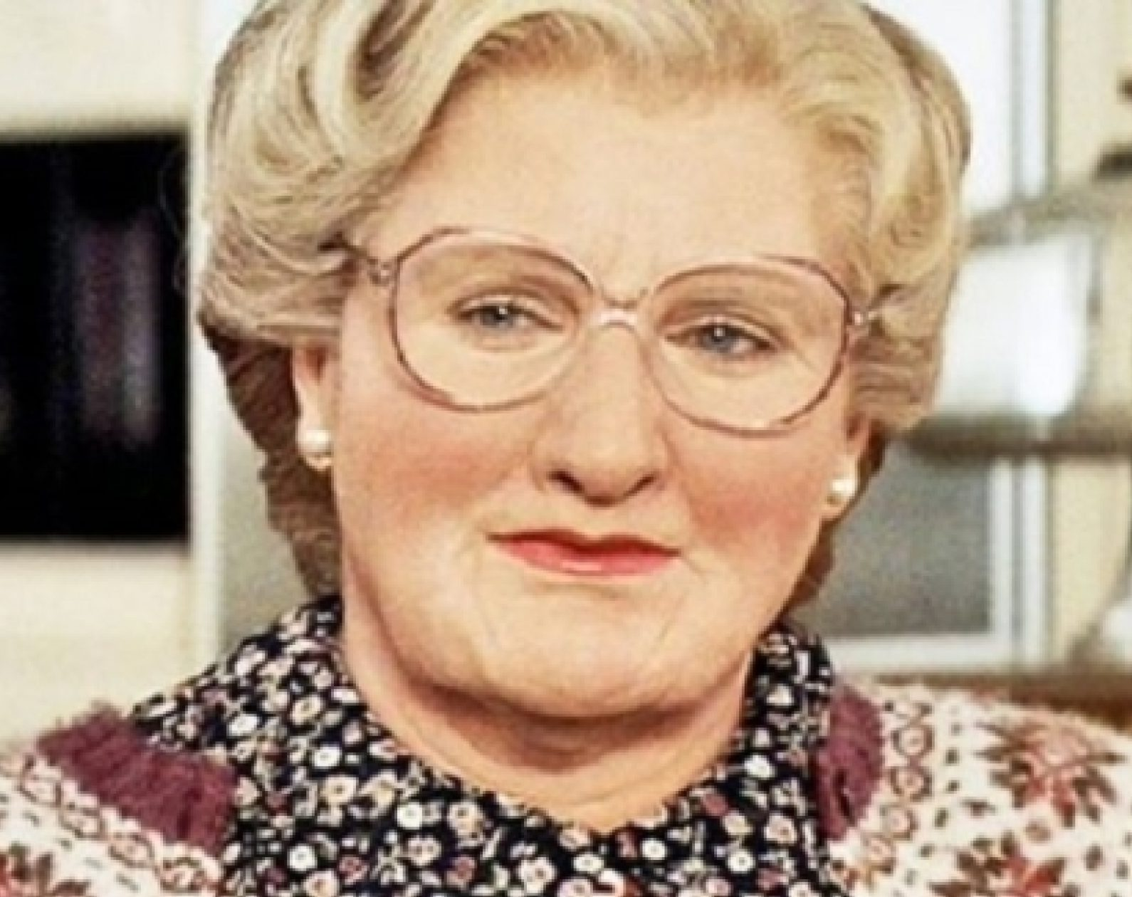 robin williams in mrs doubtfire 129057 e1625236500796 25 Things You Never Knew About Mrs. Doubtfire