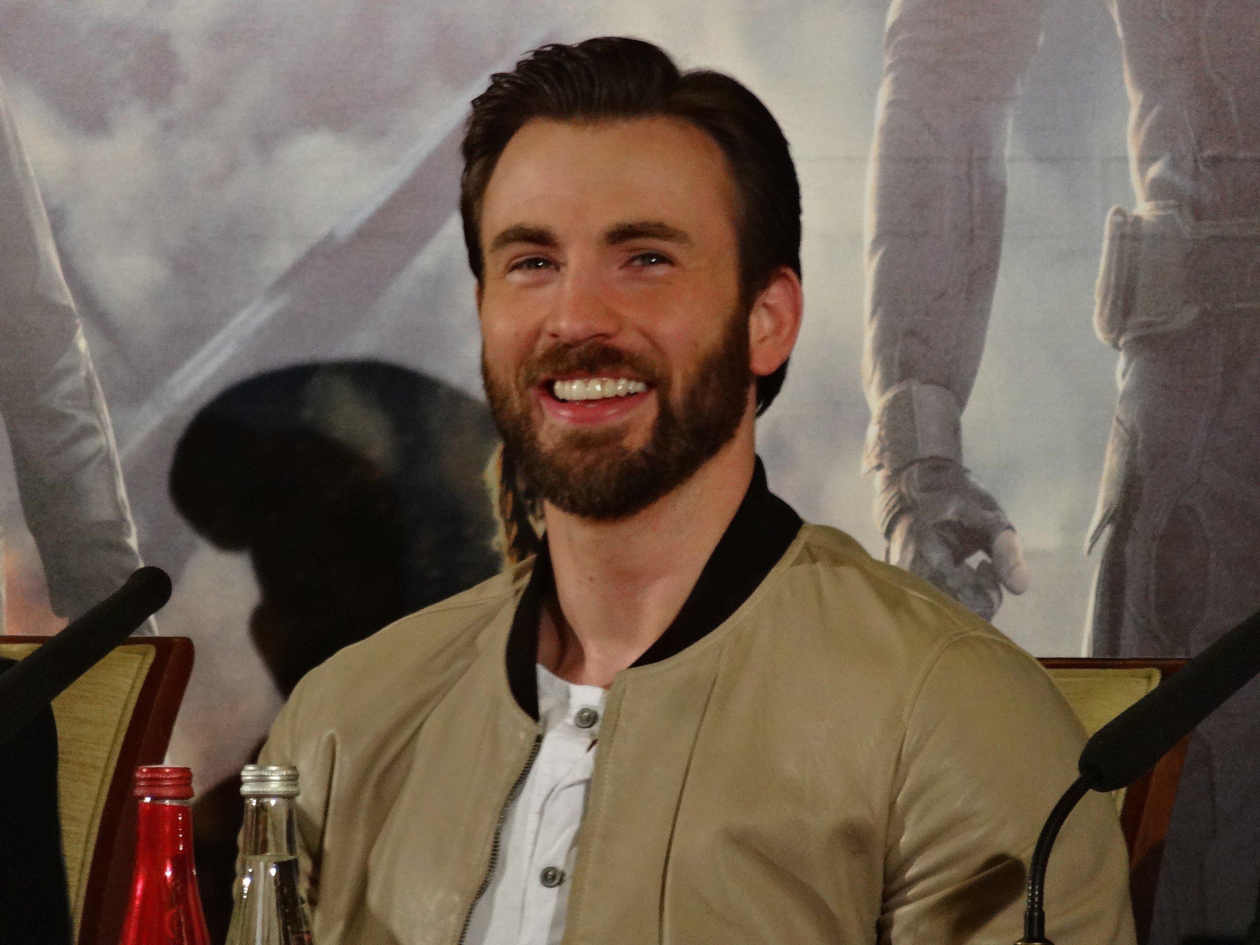 2560px Chris Evans Captain America 2 press conference 20 Things You Didn't Know About Chris Evans