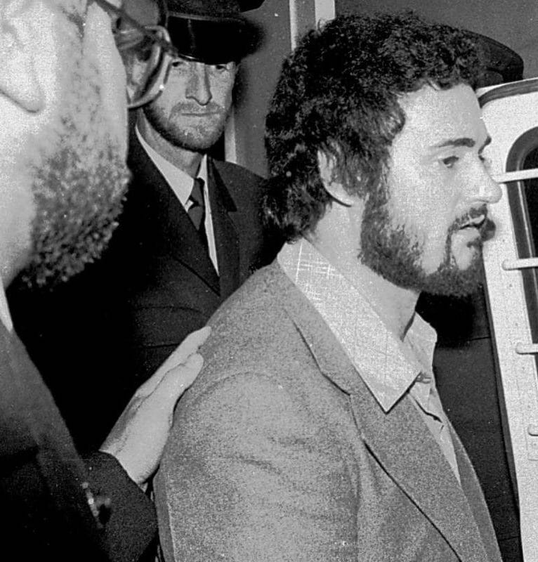 4180828 YORKSHIRE RIPPER PETER SUTCLIFFE LEAVES THE ISLE OF WIGHT CROWN COURT IN NEWPORT AFTER GIVIN Netflix To Examine Yorkshire Ripper Case In New Documentary Series