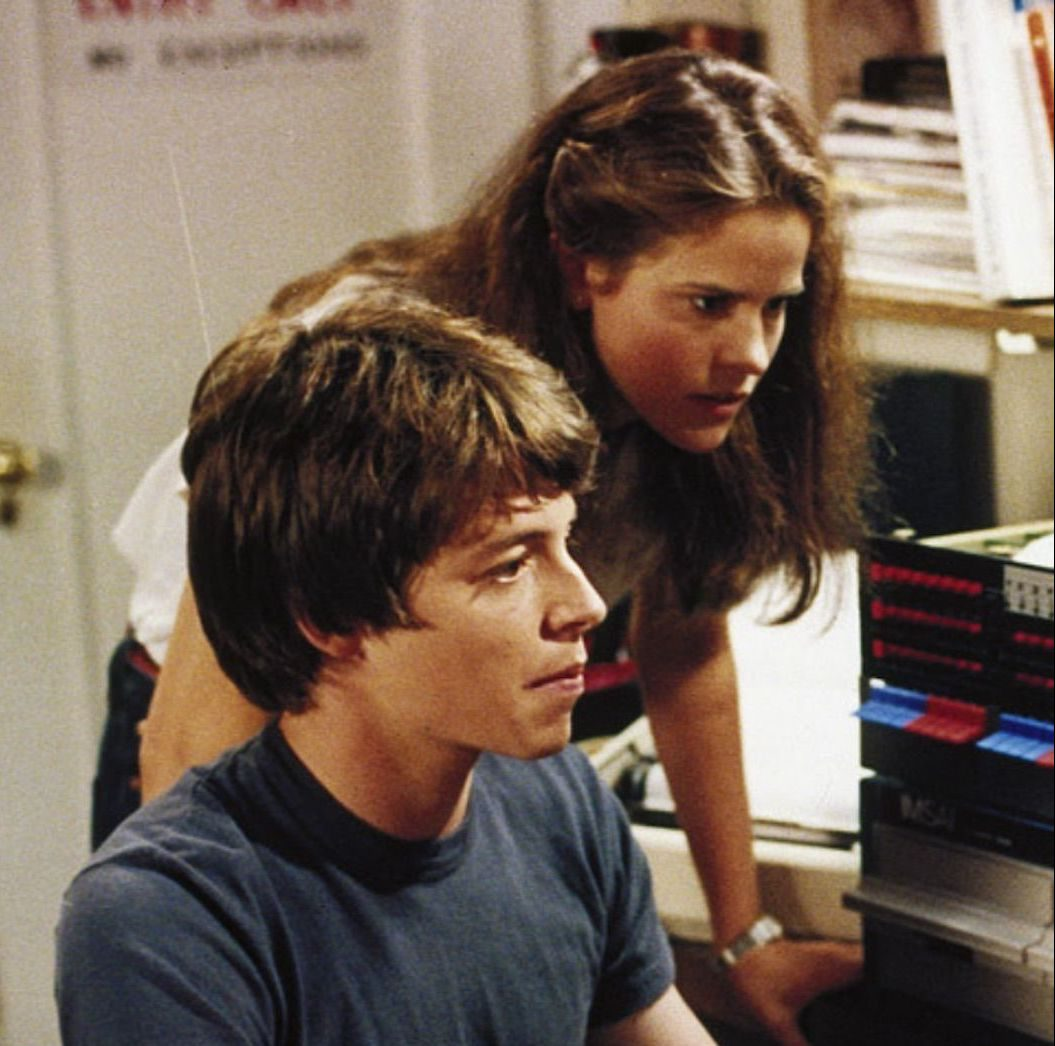 Ally Sheedy Matthew Broderick at computer WarGames 1983