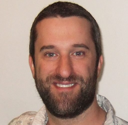 Dustin Diamond 2012 e1626708458272 Saved By The Bell: Most Scandalous Things That Happened Behind The Scenes