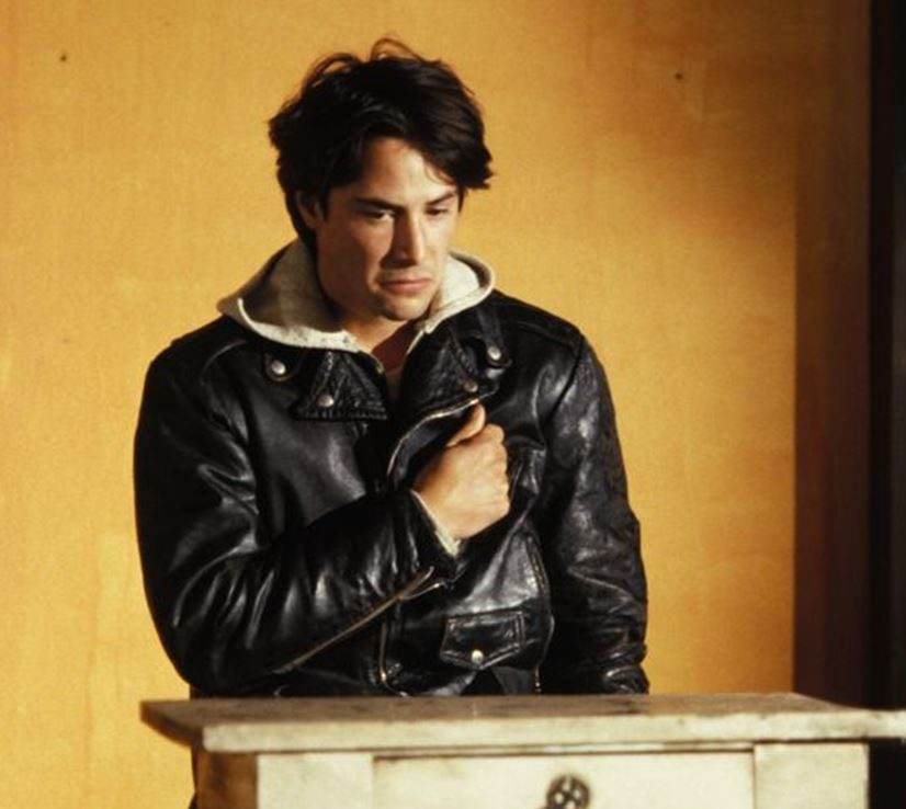 There s a lot going on in Private Idaho e1622112032650 20 Things You Never Knew About Keanu Reeves