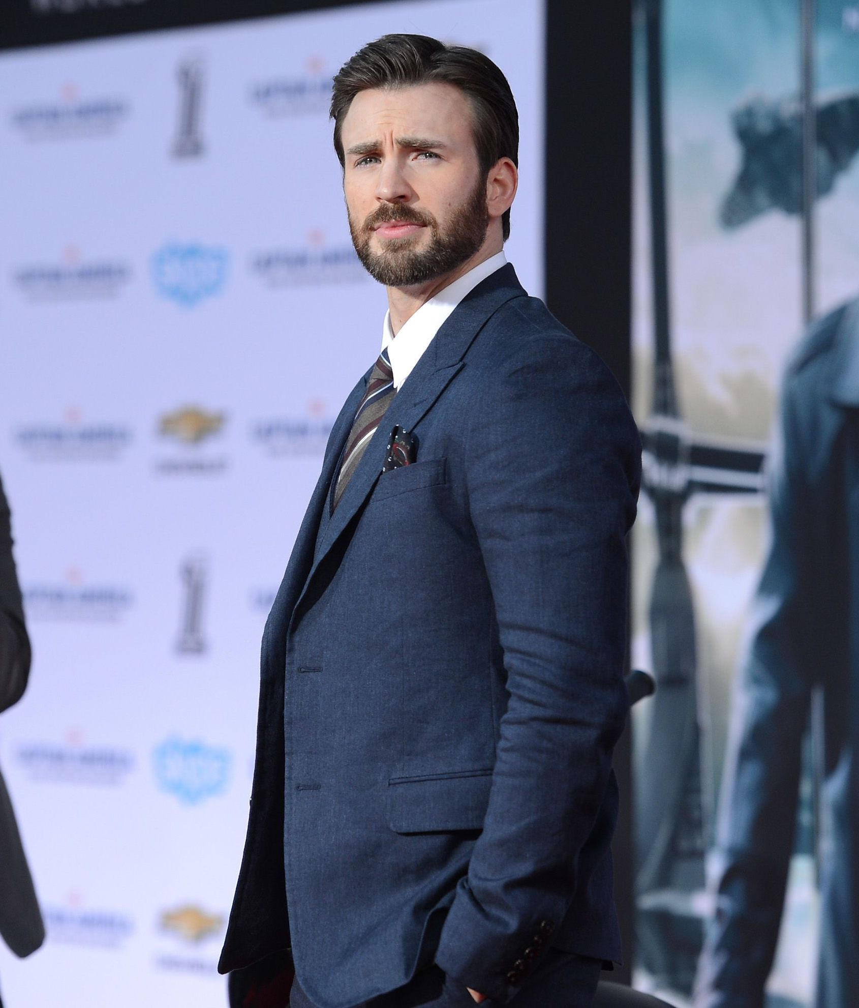 actor chris evans arrives for the premiere of marvels news photo 478498743 1549371790 20 Facts You Never Knew About The Cast Of The Marvel Cinematic Universe