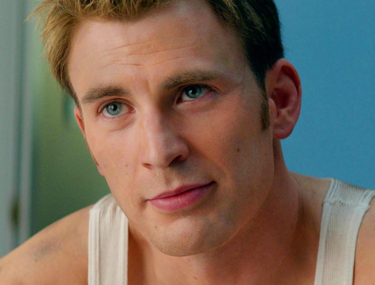 captain america chris evans e1625668922862 20 Things You Didn't Know About Chris Evans