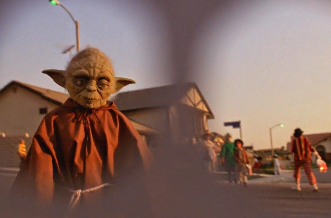 et halloween curiosity movie yoda e1607944800558 20 Things You Never Knew About E.T. The Extra-Terrestrial