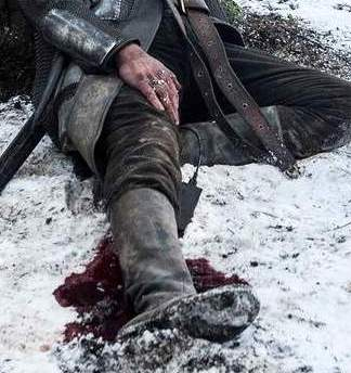 game of thrones stannis1 9 Huge Gaffes You Never Noticed In Game Of Thrones