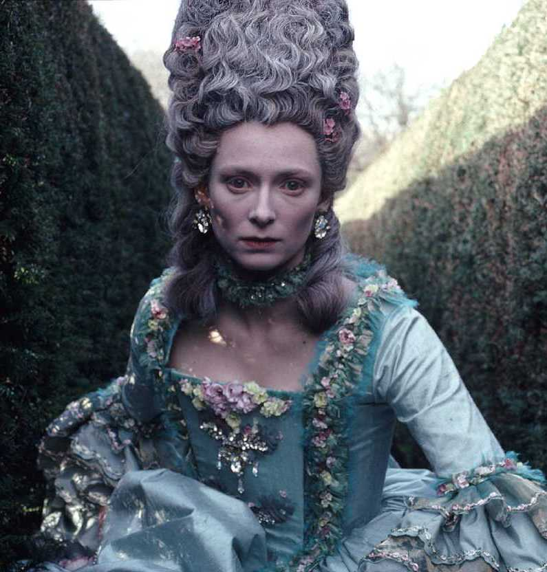 gwen 17 20 Things You Didn't Know About Gwendoline Christie