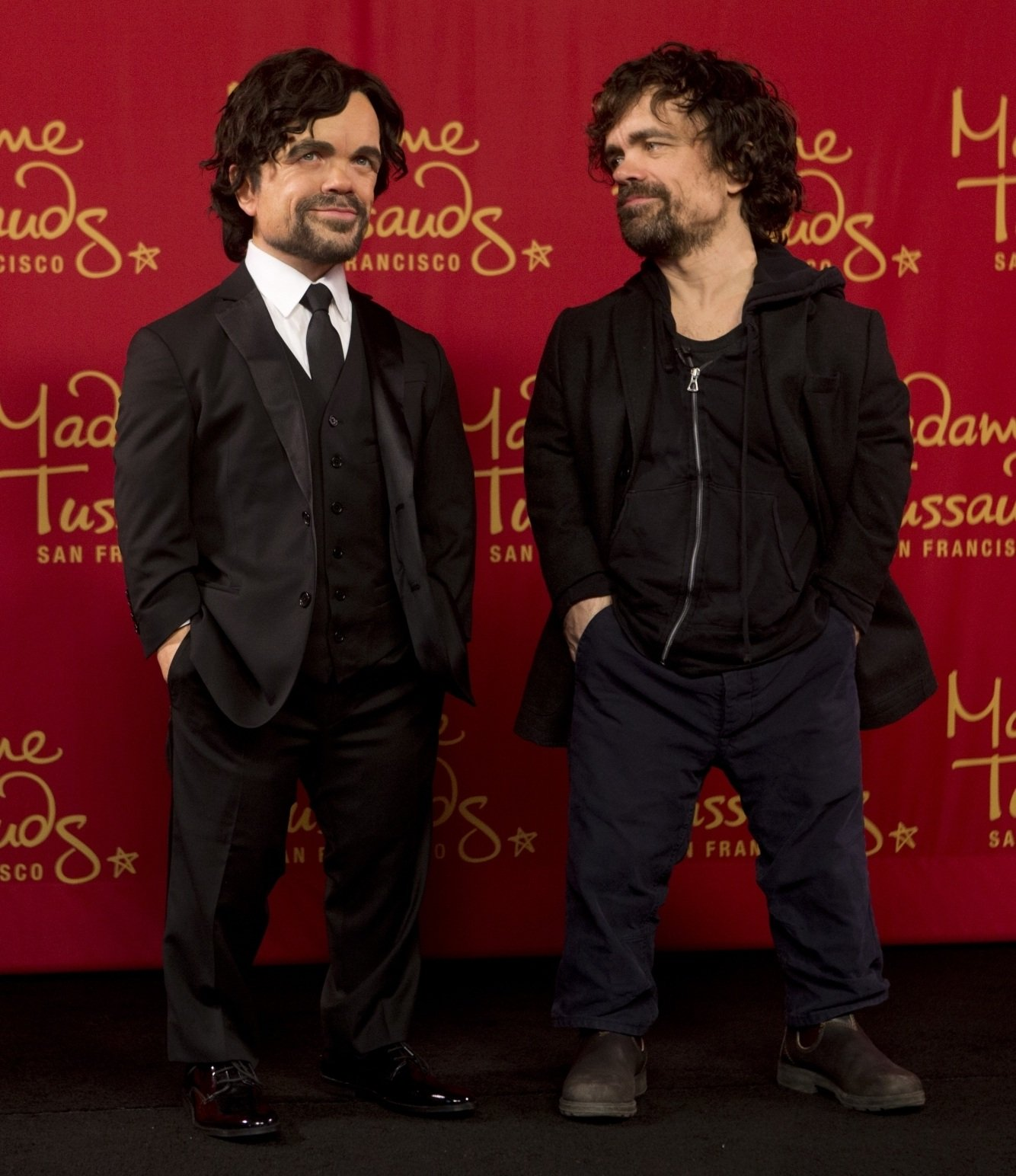 rawImage 10 Things You Didn't Know About Peter Dinklage