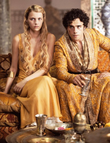 tumblr olhkk1SRLb1v0hooio3 400 The 18 Biggest Changes In Game Of Thrones From Book To Screen