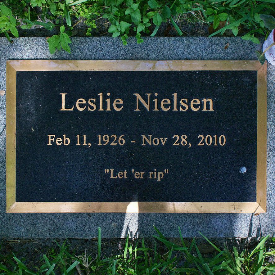 1280px Leslie Nielsen Headstone e1599217556782 20 Things You Might Not Have Realised About The Naked Gun