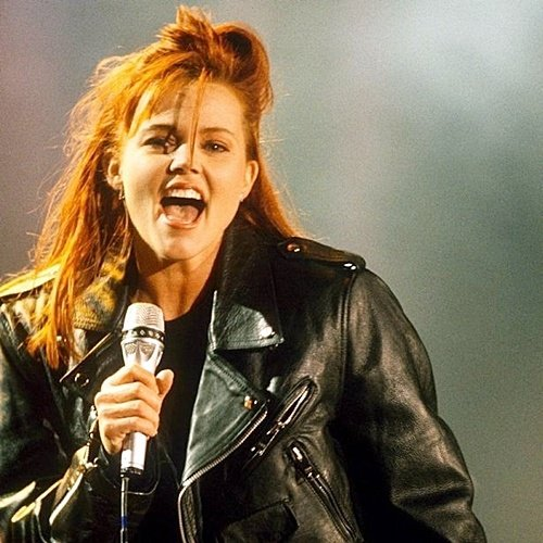 61 Remember Belinda Carlisle? Here's What She Looks Like Now!