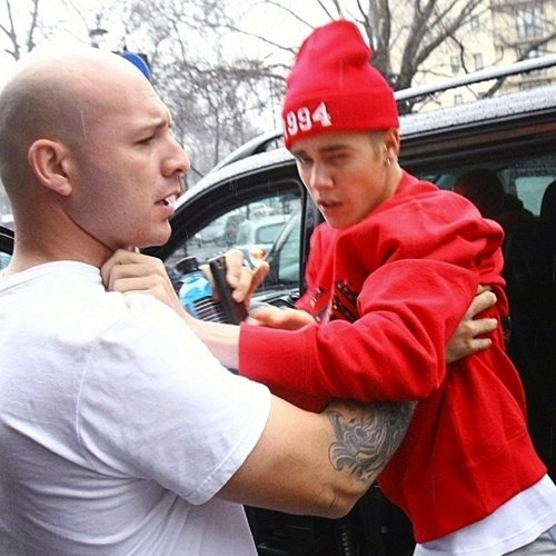 8 27 15 Times Celebrities Got REALLY Violent
