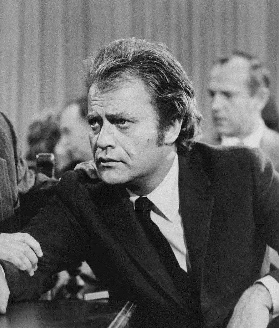 Arthur Hill Vic Morrow Owen Marshall 1971 Unexplainable Things That Happened On Movie Sets