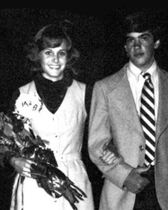 celebrity 16 e1559808357959 20 Celebrity Prom Pictures That Prove No-One Was Cool In High School