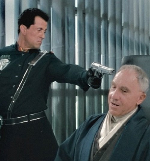 demolition man lg 20 Things You Might Not Have Realised About Demolition Man