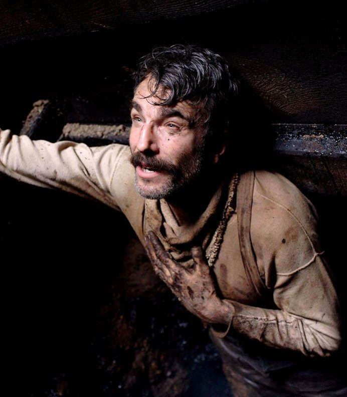 there will be blood daniel day lewis 1108x0 c default 10 Actors Who Seriously Injured Themselves To Win An Oscar