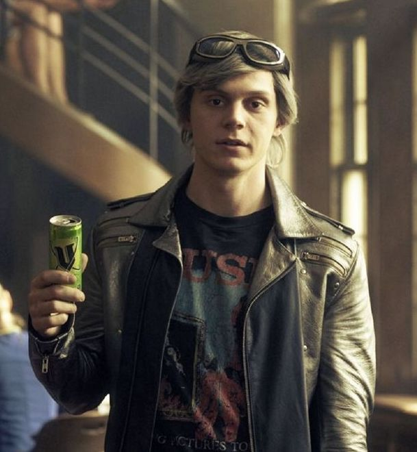 x men quicksilver evan peters 24 Things You Didn't Know About The X-Men Films