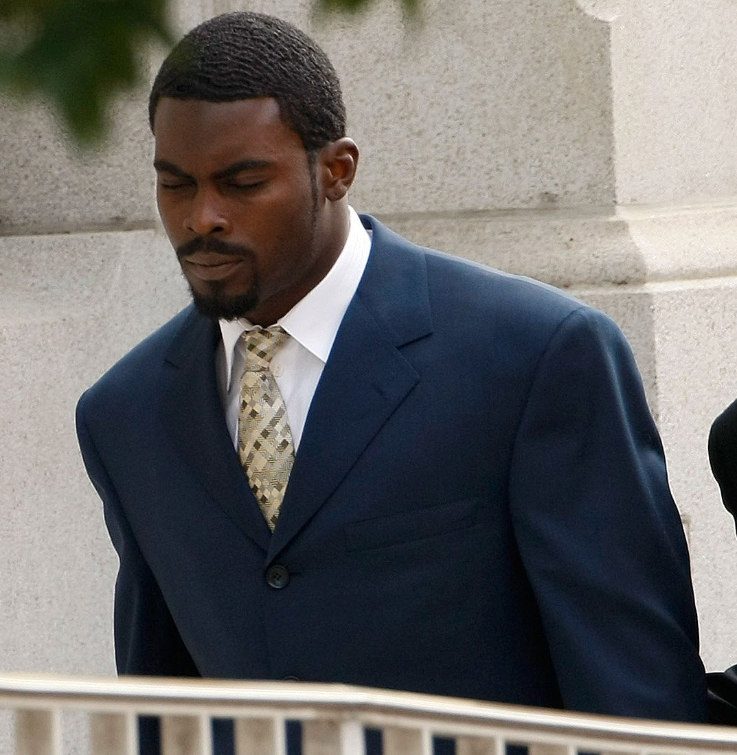10 Michael Vick 10 Sports Stars Who Committed Terrible Crimes