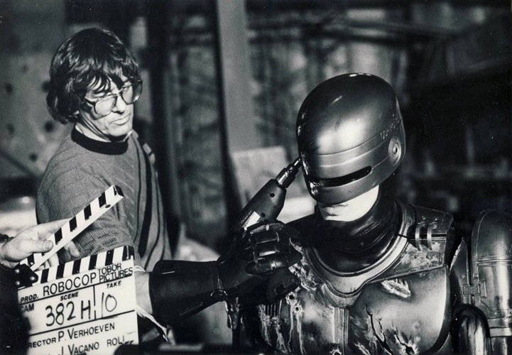 12 4 14 Rare Behind The Scenes Photos From Your Favourite 80s Sci-Fi Movies