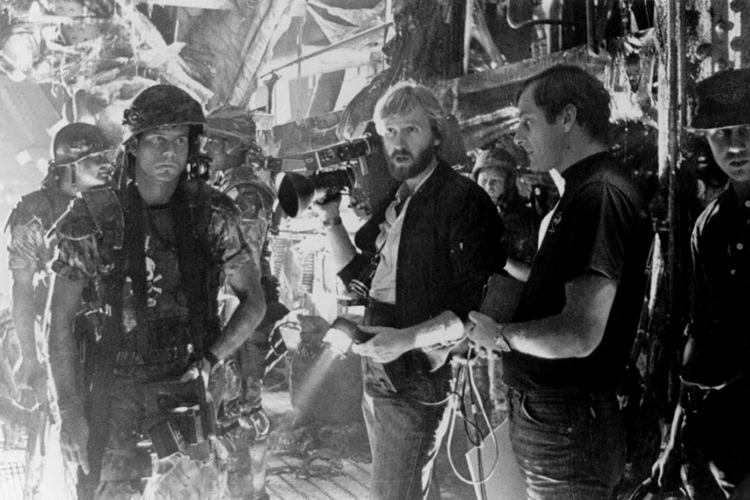 2 29 14 Rare Behind The Scenes Photos From Your Favourite 80s Sci-Fi Movies