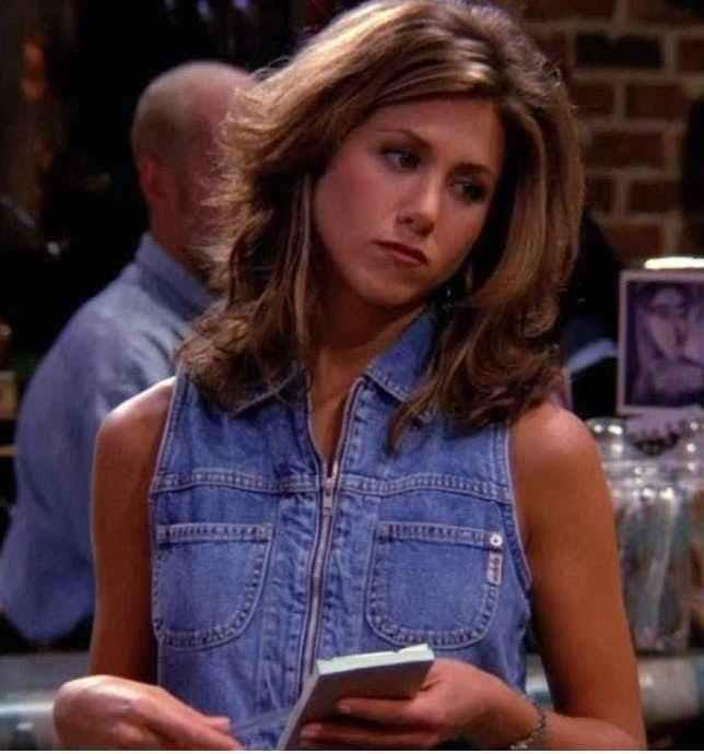 2 JEN FRIENDS 20 Things You Never Knew About Jennifer Aniston