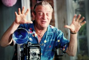 3d89016c b559 4d14 99b1 30ac1ef8dd04 5. Rodney Dangerfield in the 1983 film Easy Money Orion Pictures Caddyshack: 20 Things You Never Knew About The Comedy Classic