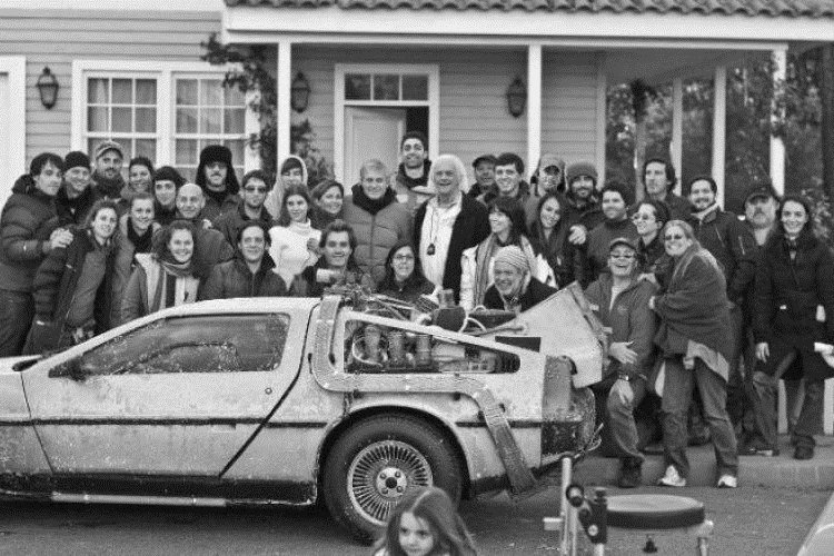 4 1 14 Rare Behind The Scenes Photos From Your Favourite 80s Sci-Fi Movies