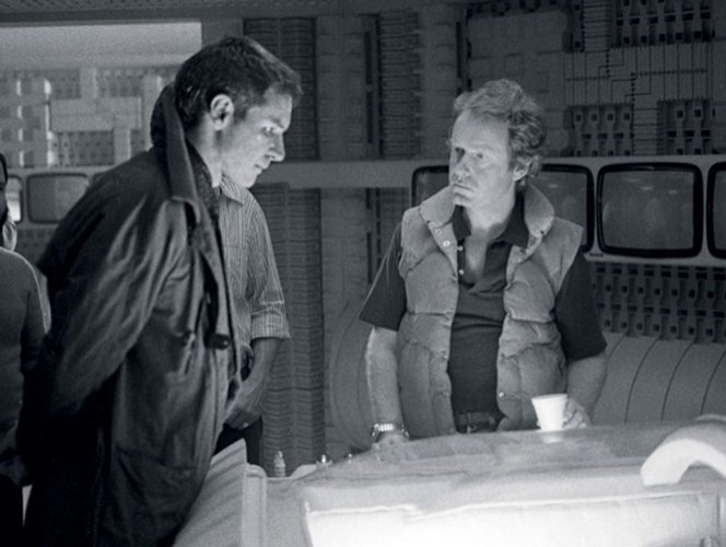 5 2 14 Rare Behind The Scenes Photos From Your Favourite 80s Sci-Fi Movies