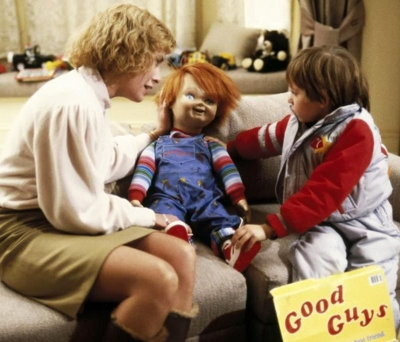 Childs play e1633444182458 How Many Of These 10 Classic Horror Movies Did You See When You Were Too Young?