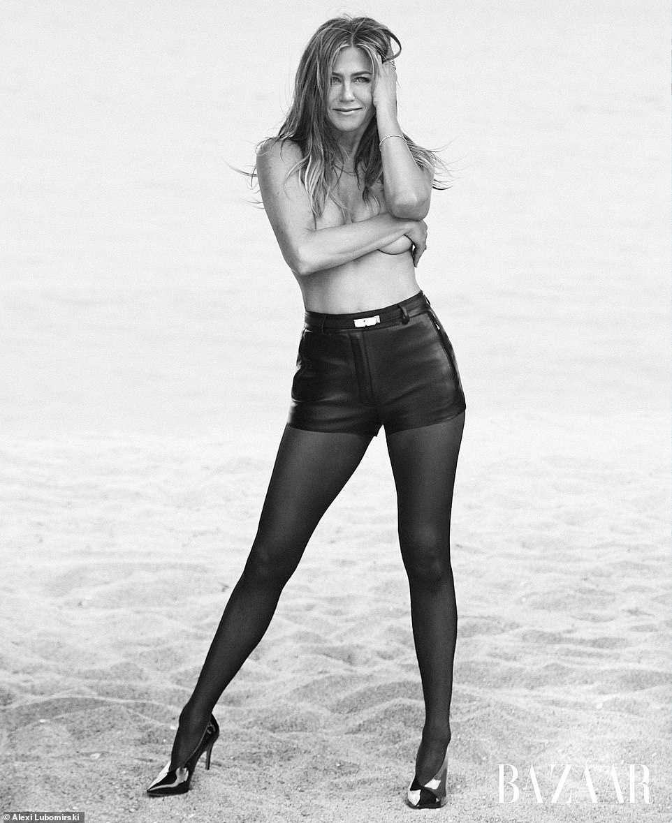 SVELTE FIGURE 20 Things You Never Knew About Jennifer Aniston