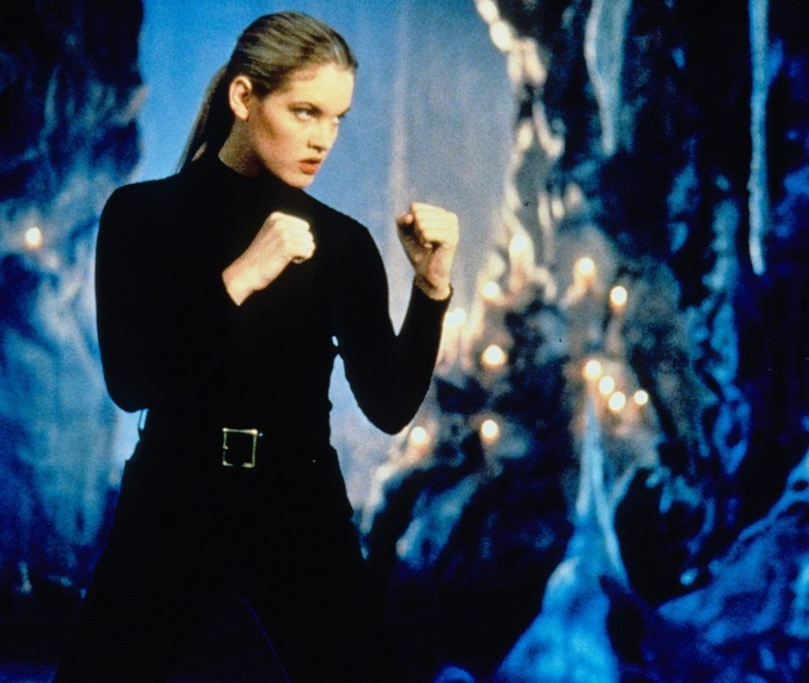 b66e846b3f0d97d263632bfcdd4e7c40 e1620209508276 Flawless Victory! 20 Things You Didn't Know About The 1995 Mortal Kombat Movie