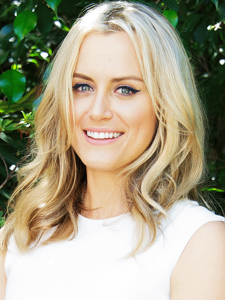 8 taylor schilling Here's What The Orange Is The New Black Cast Looks Like In Real Life