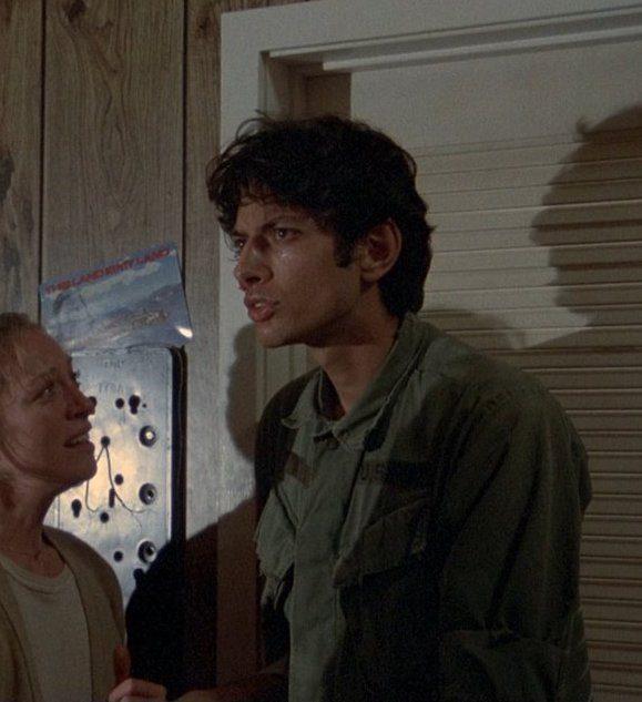MV5BNmY2Zjk2N2MtN2VmNS00Yzk4LWFhYTMtMjZlZWU3NDlhOWMwXkEyXkFqcGdeQXVyMzU4ODM5Nw@@. V1 20 Things You Never Knew About Jeff Goldblum