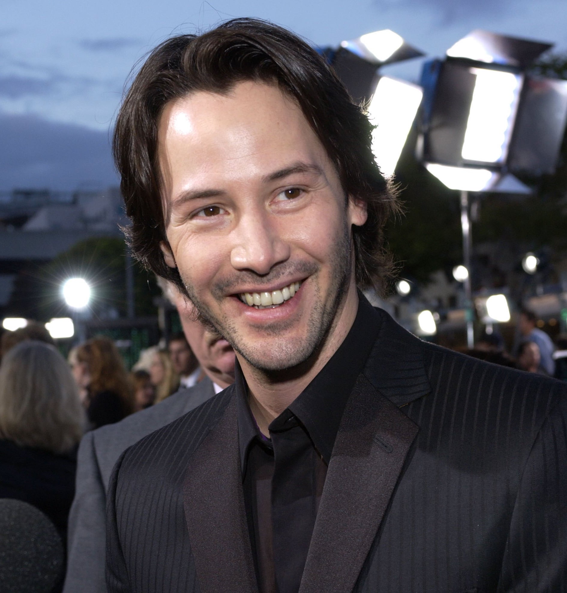Pictures Keanu Reeves Smiling 20 Unreal Facts You Never Knew About The Matrix