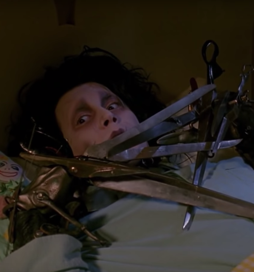Screenshot 2020 03 05 at 11.30.01 20 Things You Probably Didn't Know About Edward Scissorhands
