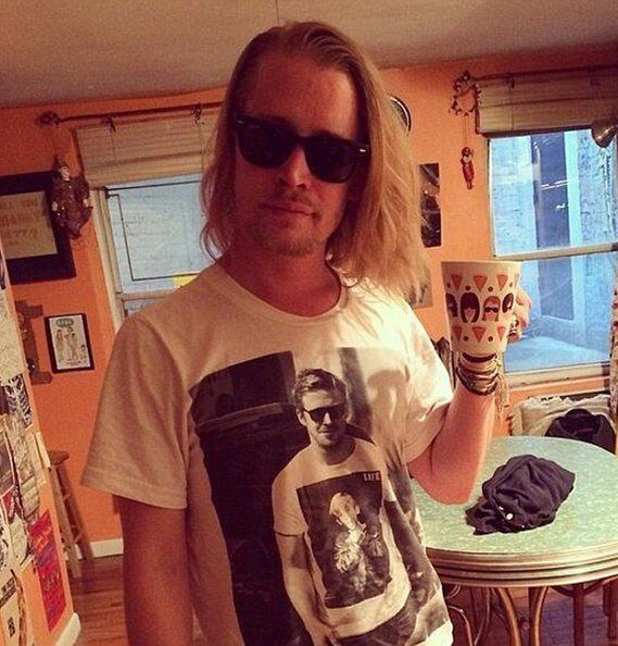 article 2625928 1DC381A900000578 Macaulay Culkin Reacts To News Of Home Alone Remake With Hilarious Pic