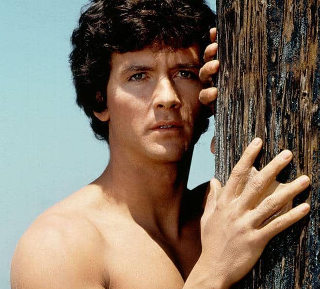 11 8 e1597832655862 20 Hilariously Wonderful Photos Of 80s Male TV Stars