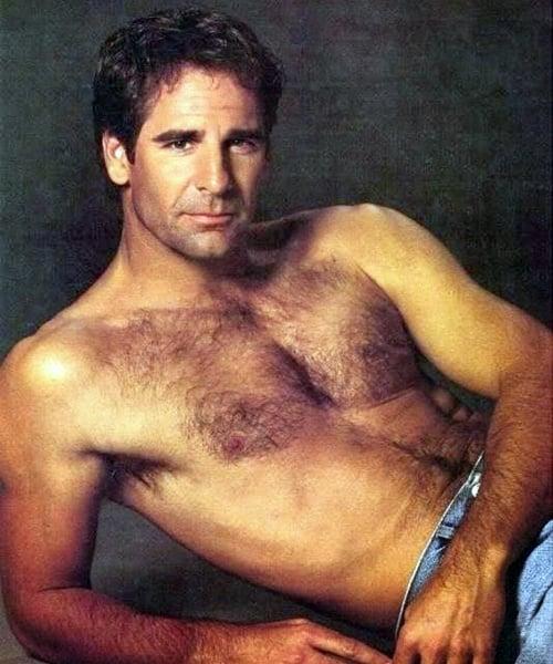 13 20 Hilariously Wonderful Photos Of 80s Male TV Stars