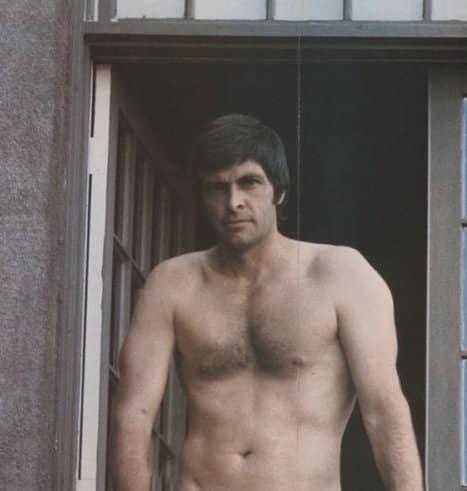 14 2 1 20 Hilariously Wonderful Photos Of 80s Male TV Stars