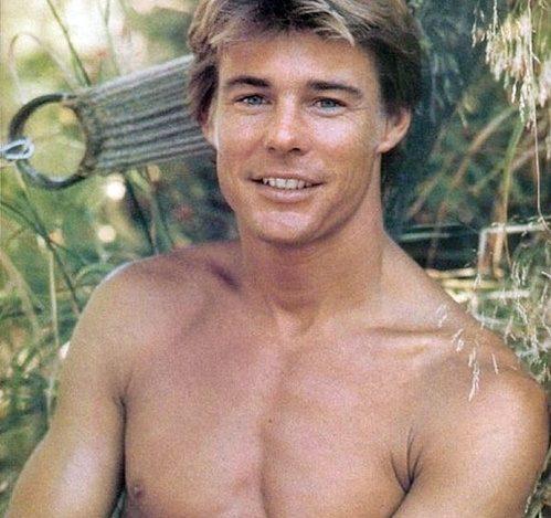 17 e1597831593392 20 Hilariously Wonderful Photos Of 80s Male TV Stars